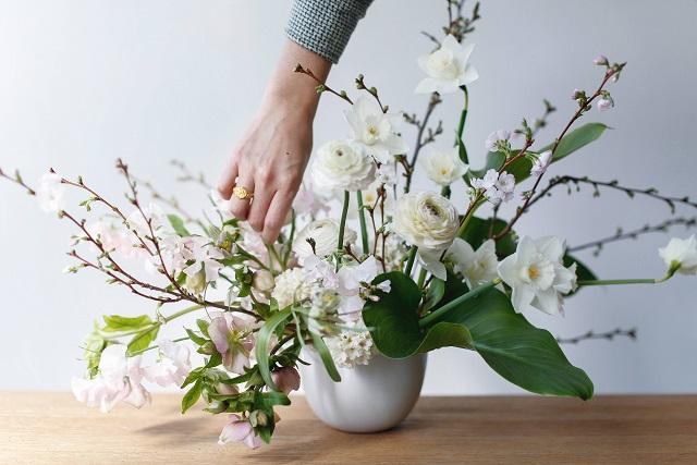cách chưng bình hoa đẹp