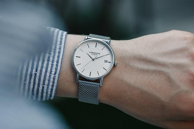 đeo đồng hồ