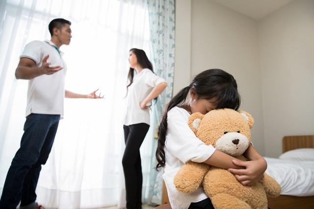 hôn nhân bế tắc ảnh hưởng đến con cái