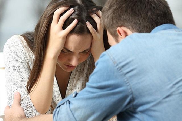 con gái có nên níu kéo tình yêu