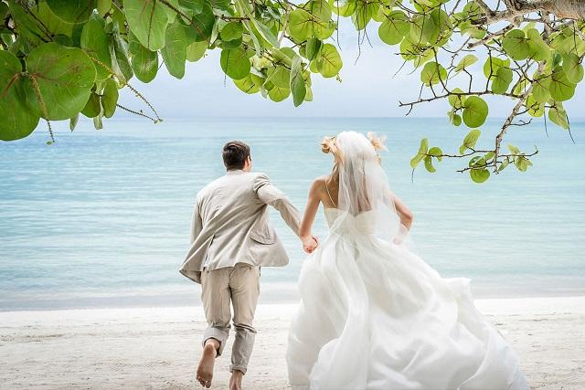 đám cưới ở bãi biển