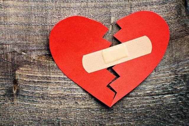 sự chiếm hữu trong tình yêu và nỗi đau