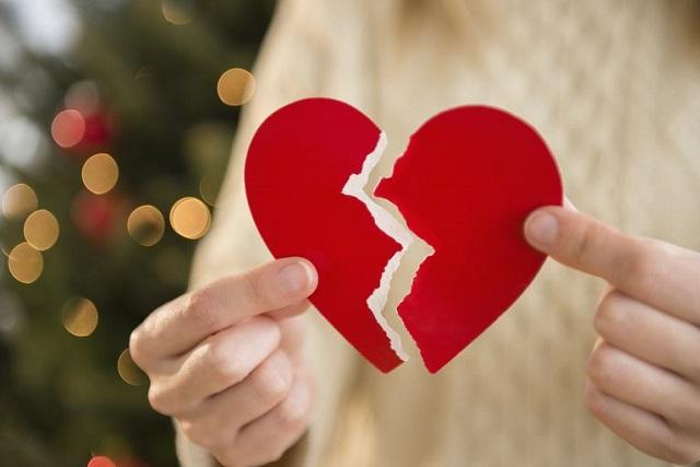 trái tim rách đôi