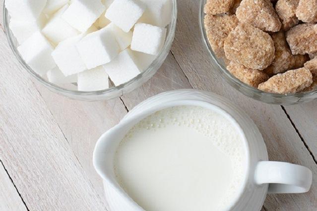 đường và sữa