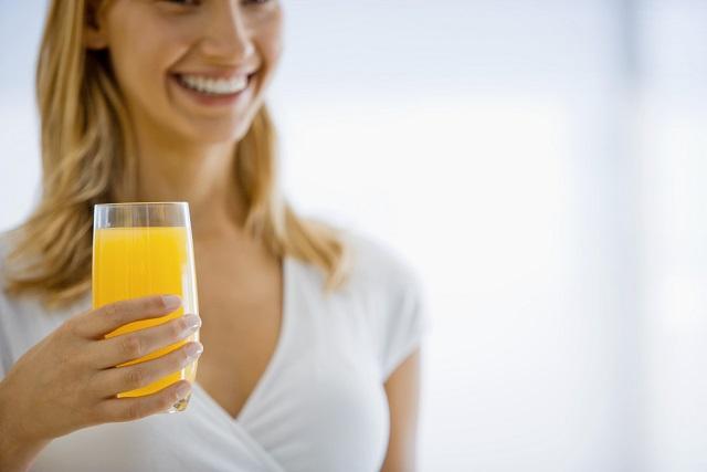 kiêng kỵ khi uống nước cam