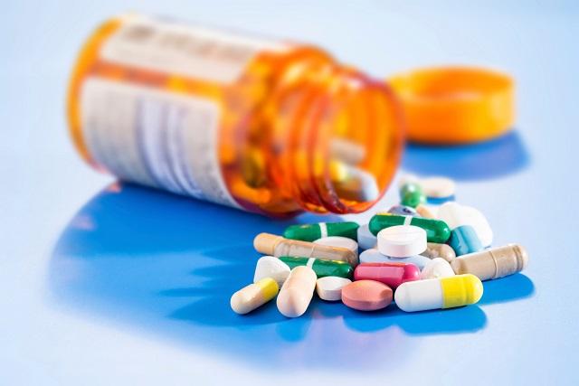 thuốc và lọ thuốc
