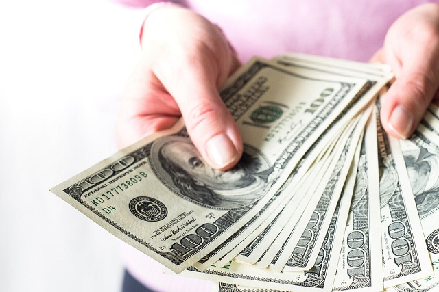 tiền bạc