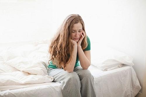 Bị đắng miệng là triệu chứng của bệnh gì?