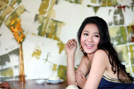 Tiểu sử ca sĩ Hà Thanh Xuân hải ngoại
