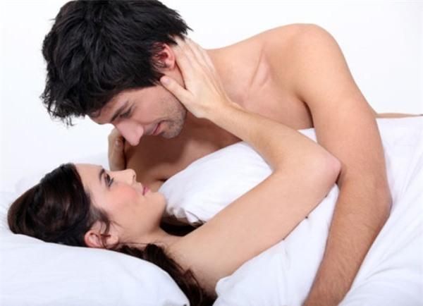 Quan hệ không dùng bao cao su có thai không?