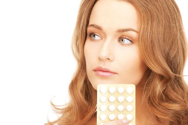 Uống thuốc tránh thai hàng ngày có hại không?