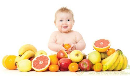 Bé 5 tháng tuổi ăn dặm bao nhiêu là đủ?