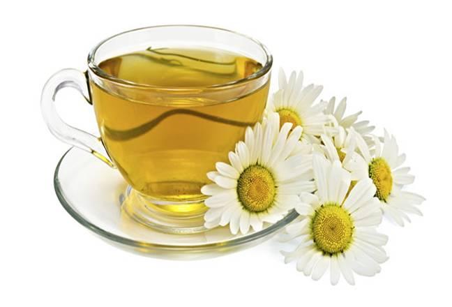 Cách phơi hoa cúc làm trà tại nhà bằng hoa cúc vàng