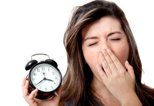 Tại sao ngủ đủ giấc mà vẫn buồn ngủ?
