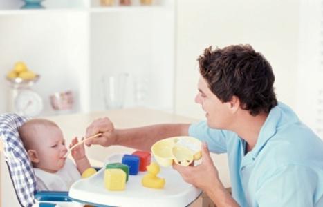 Cách cho trẻ em uống thuốc đắng dễ dàng bằng mẹo nhỏ sau đây