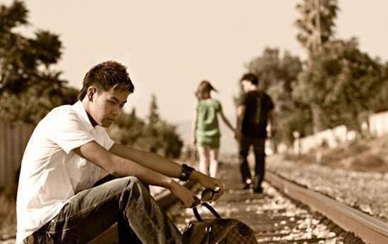 Tâm lý con trai sau khi chia tay như thế nào?